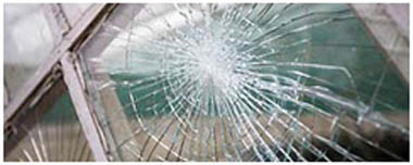 Westbourne Smashed Glass